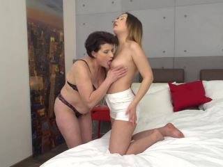 Old and Young Pussy Lickers 2018 HD