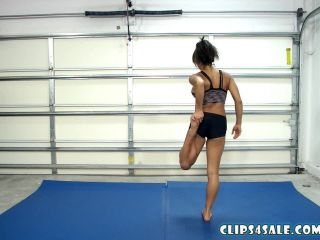 Mixed Model Wrestling – ChiChi Medina – Taps and Asses