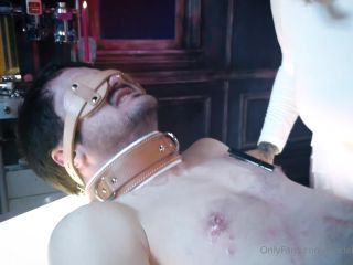 Maitresse Madeline - New slave task get noticed i love walking [FullHD 1080P] - Screenshot 3