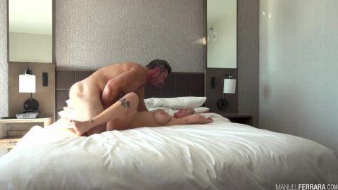 Gabbie Carter - Big Tit Teen Gabbie Carter Squirts For You (720p)