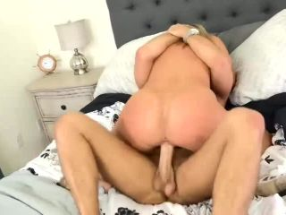 Candice Dare - Please Cum On My Face After We Fuck 10