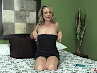 Allover30 presents Elle McRae 34 years old Ladies With Toys –