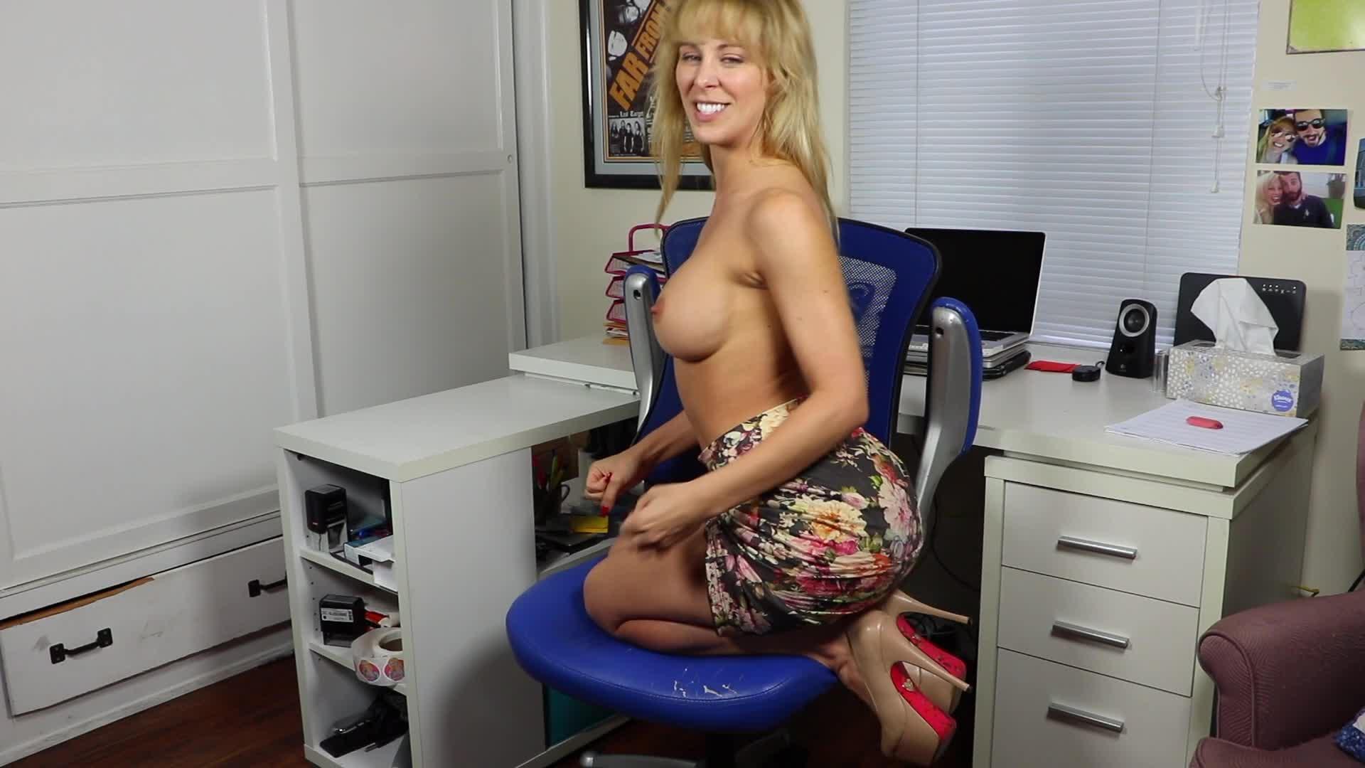 Cherie Deville Joi