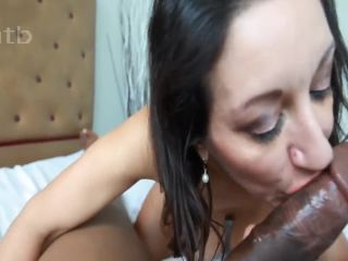 Black guy filling white MILF pussy with sperm