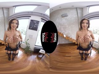[VR] Emily Bright Doing It Right