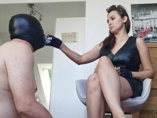 Goddess Lena - Disgust training